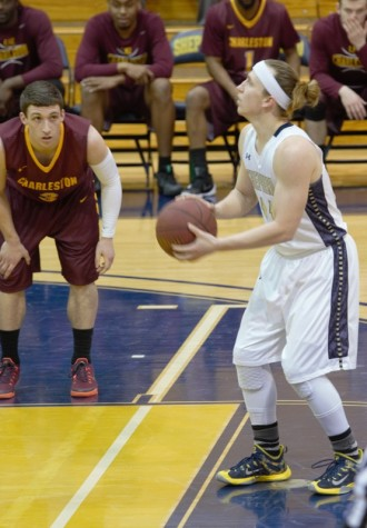 Skylar Howard sets up to take a free throw in Thursdays game against Charleston