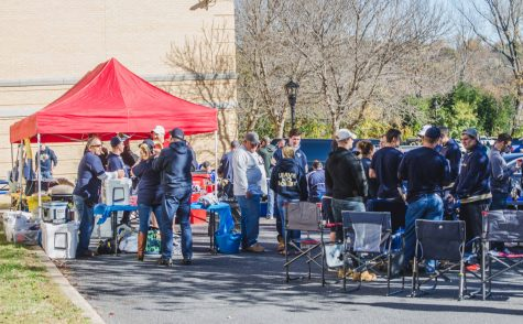 Shepherd Families and Alumni participating in tailgating activities in A lot